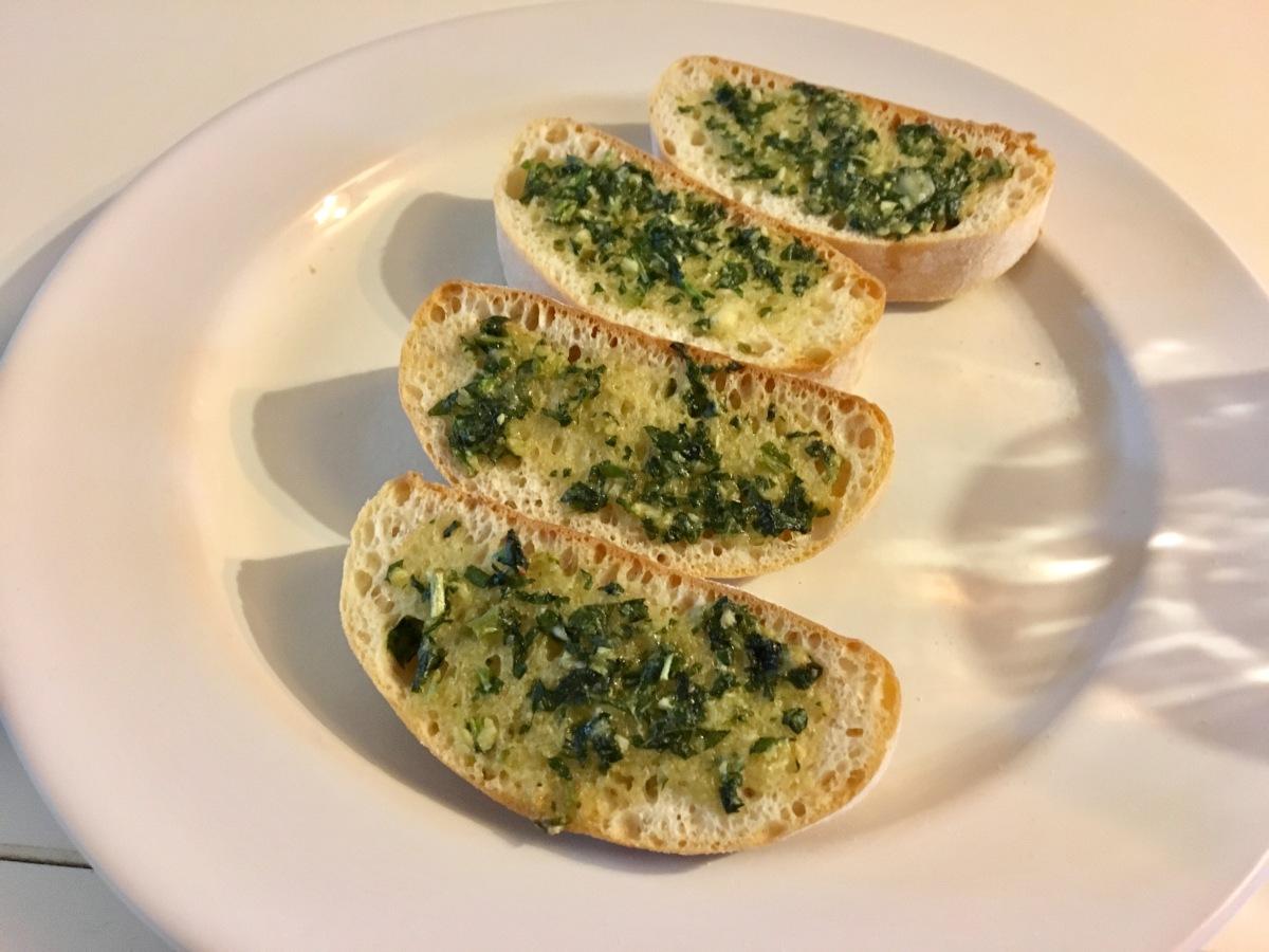 Gastronomic Gorman www.gastronomicgorman.com Gousto Pesto Bruschetta