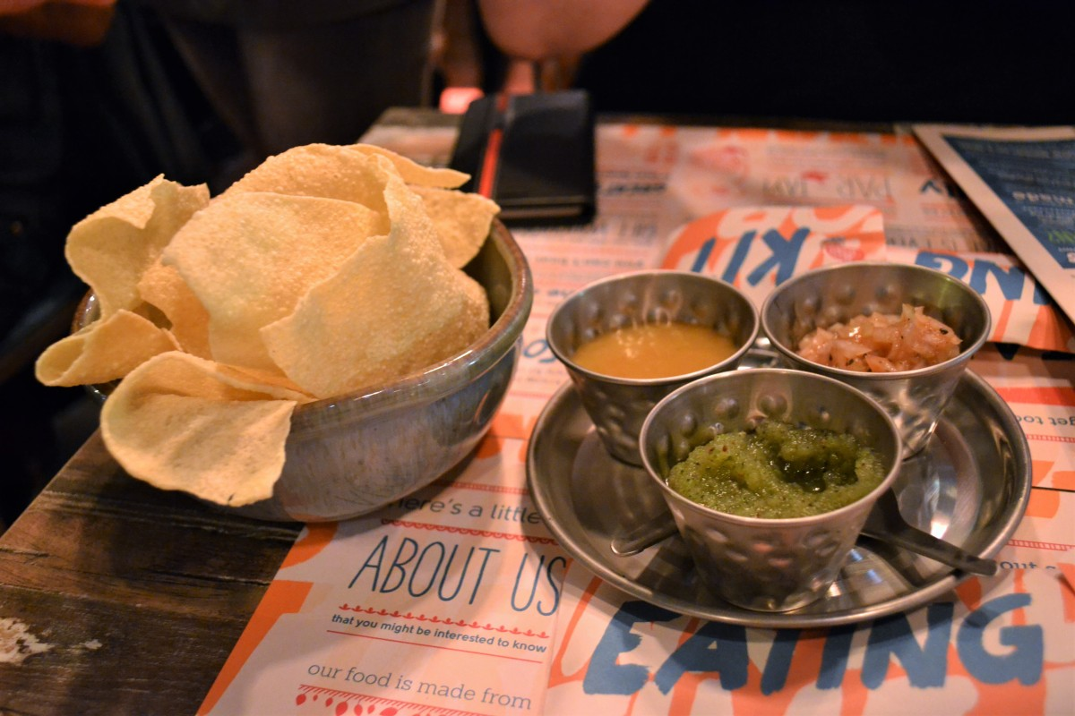 Gastronomic Gorman Tamatanga Review Poppadoms and Chutney edited